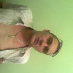 Молодой, красивый парень ищет девушку для интима в Тюмени
