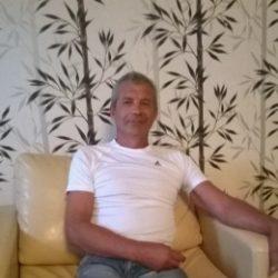 Парень из Тюмени, ищу девушку для секса. Люблю делать куни.в разных позах и очень долго