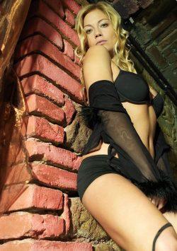 Девушка приглашает на горячий сеанс любви, похоти и страсти в Тюмени положительного мужчину.